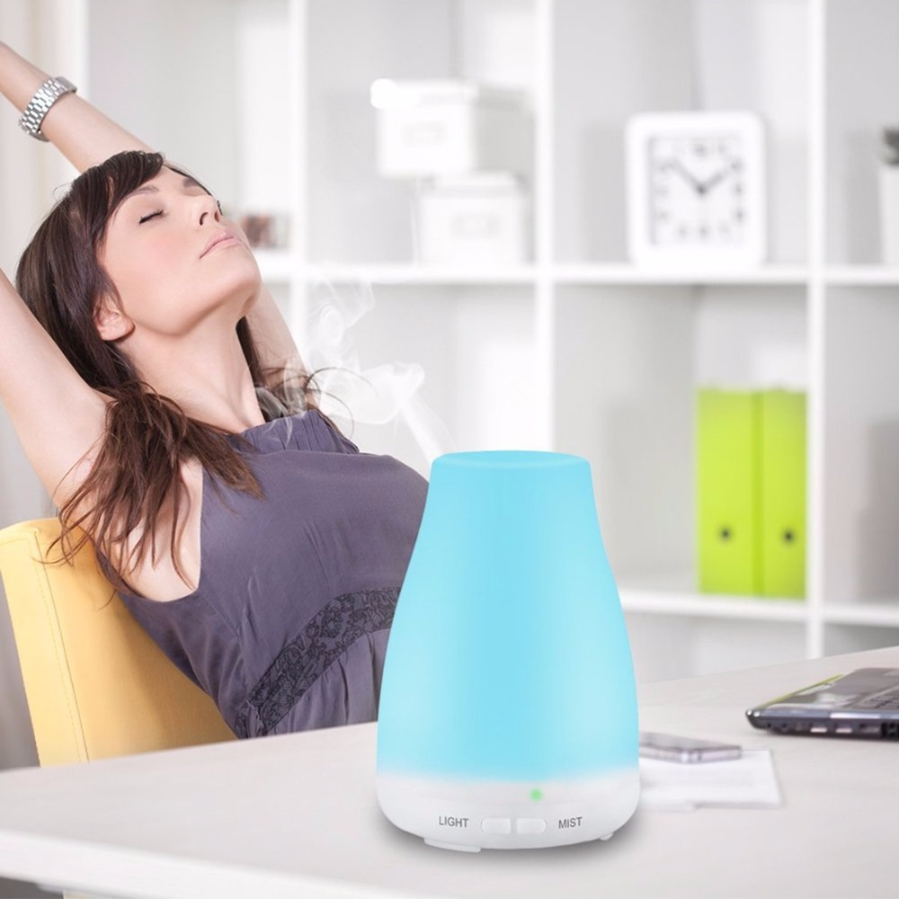 Household-Humidifier-and-Ultrasonic-Essential-Oil-Diffuser-4